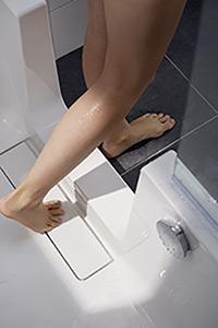Badewanne mit Tür von HSK