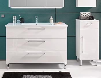 stehender Waschbeckenunterschrank